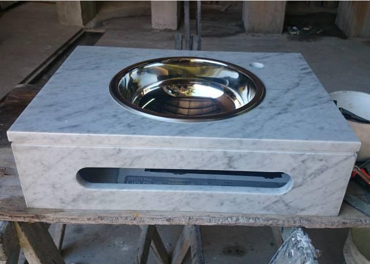 Bachas Para Baño Santa Fe:Vanitory carrara y bacha de acero inoxidable colocada por debajo marca