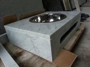 vanitory-con-toallero-marmol-carrara