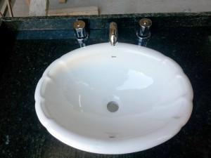 vanitory-roca-baño-ubatuba