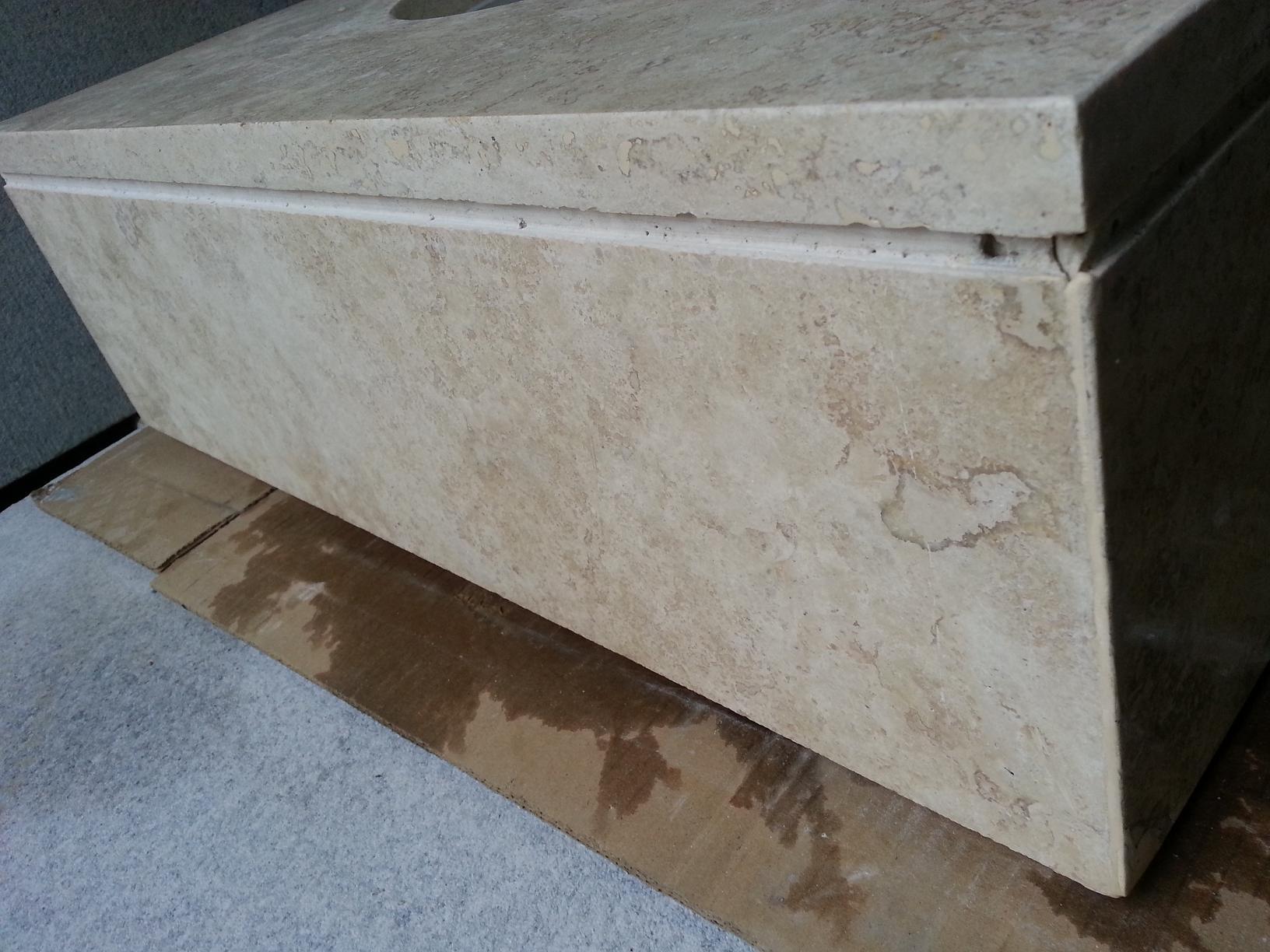 Vanitory con toallero travertino marmoleria zacarias for Marmol travertino precio